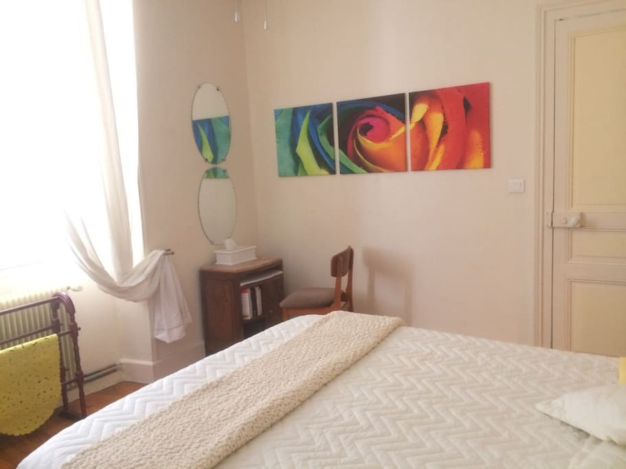 Your bedroom is spacious light 100% cotton sheets, towels toiletries provided. Fly screen on main window, plus shutters and ceiling fan to keep it cool. Wifi throughout.
