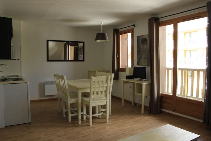 Nice apartment - one bedroom A 50 T2