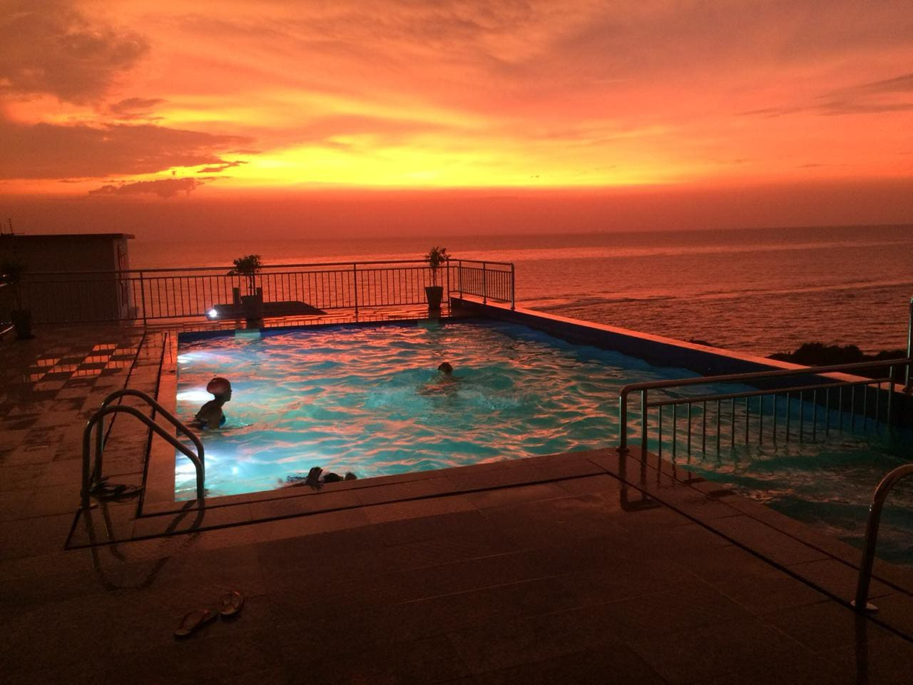 A Spectacular View from the Rooftop at night which will just take your breath away. A place to enjoy the beautiful sunset overlooking the Indian Ocean.