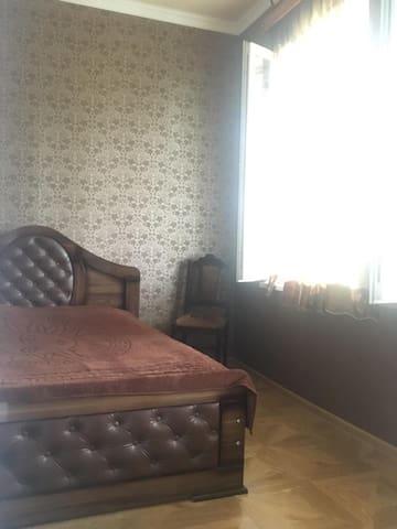 Комната в Сурами около леса Зиндиси