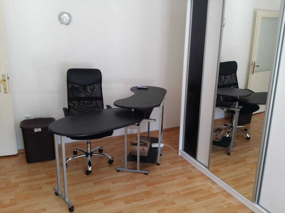 BR1 Complete office table for multiple devices and monitors ( very high for taller people)