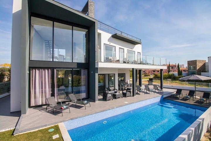 Villa Modus at Faro