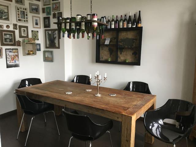 Gemütliche Wohnung für Paare mit und ohne Kindern - Berlin - Apartemen