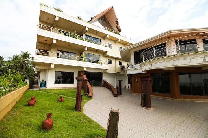 Mangalore Homestay: Beachside Apartment