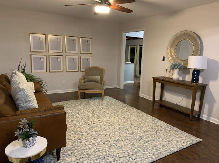 The Fishers Oriental Motif - Updated Stone Ranch