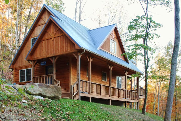 'Blues Moon' Serene 2BR Red River Gorge Cabin!