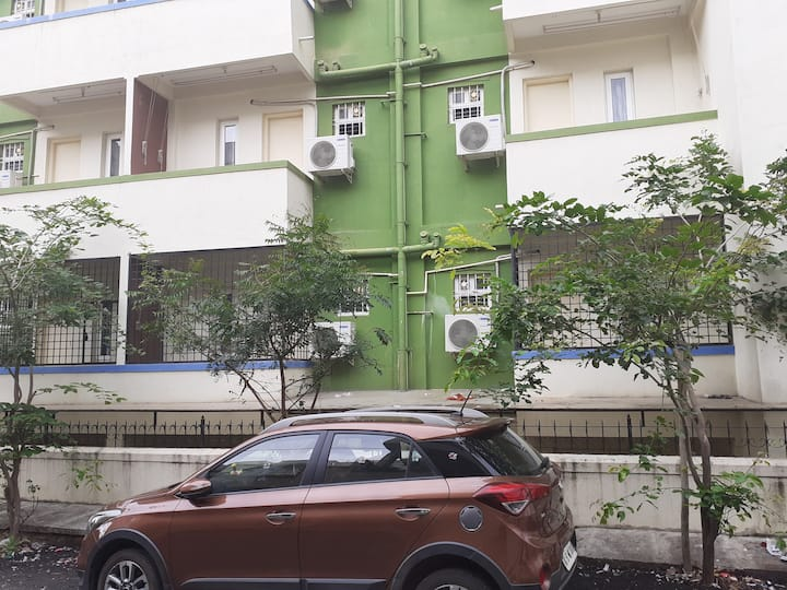 Entire One Bedroom Flat-Wifi-Car Parking-Bangalore