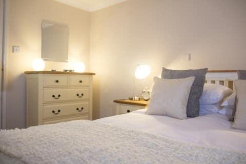 Shaftesbury Modern Annexe