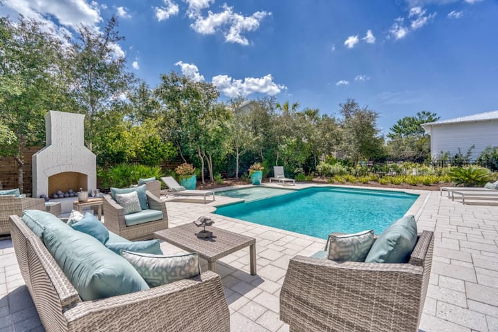 Luxury Seacrest West Home with Private Pool, PET FRIENDLY, Outdoor Kitchen and Fireplace, 3 Minute Walk to Deeded Beach Access!