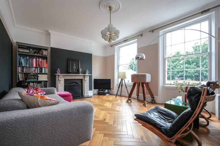 Large 2 Bedroom Luxury Apartment Islington N1
