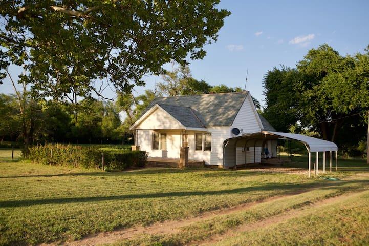 Bonnie's Farmhouse