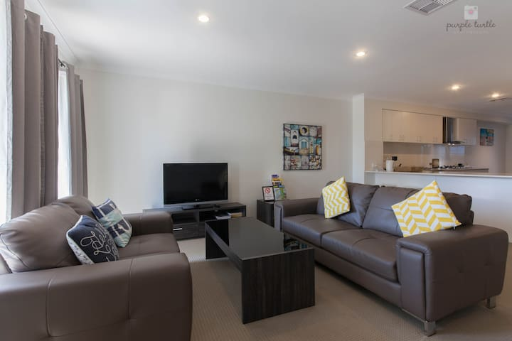 North Coogee Beach House - North Coogee - Townhouse