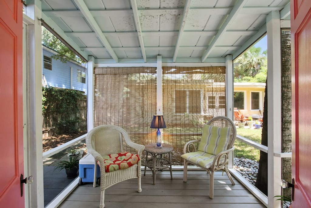 Chillax, read a book, enjoy a drink on this screened in porch!