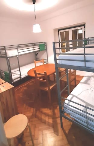 Bunk bed for just €9 per day in Lisbon