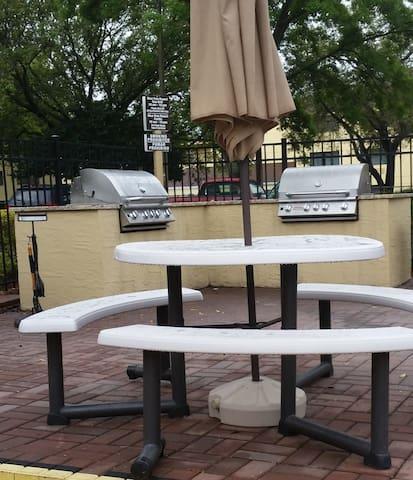 BBQ next to pool 2