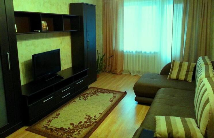 Комната 13 м для путешественника - Minsk - Apartment