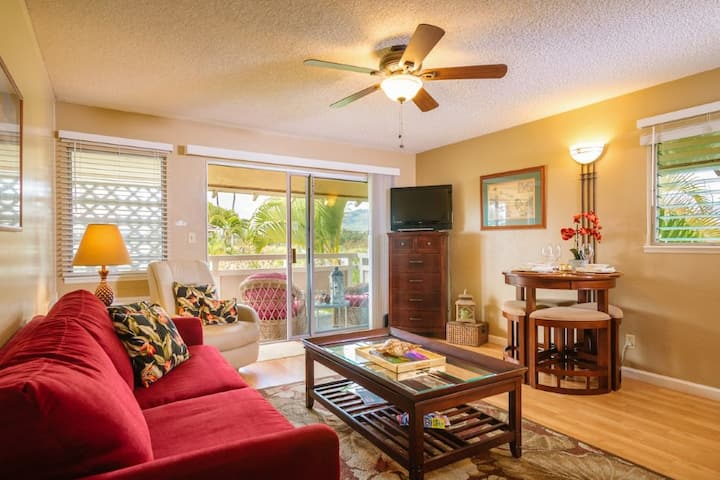 Plantation Hale- H12 Remodeled with AC!!