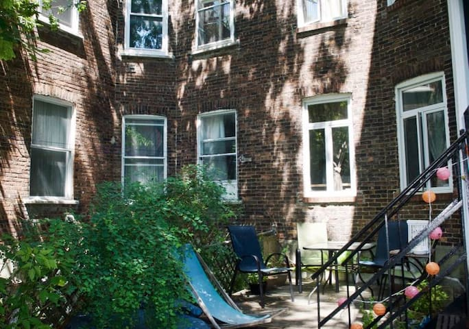 Spacious & lovely apartment