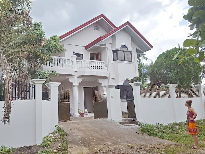 Sofias House Rental, near Talisay Beach
