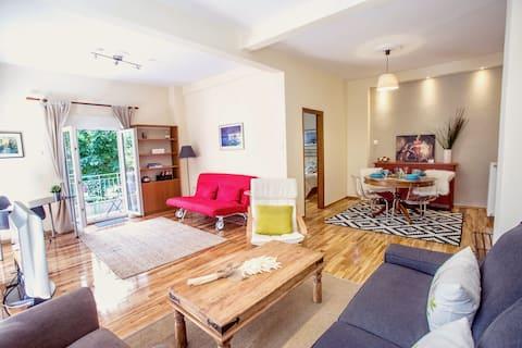 Beautiful apartment Excellent location..!