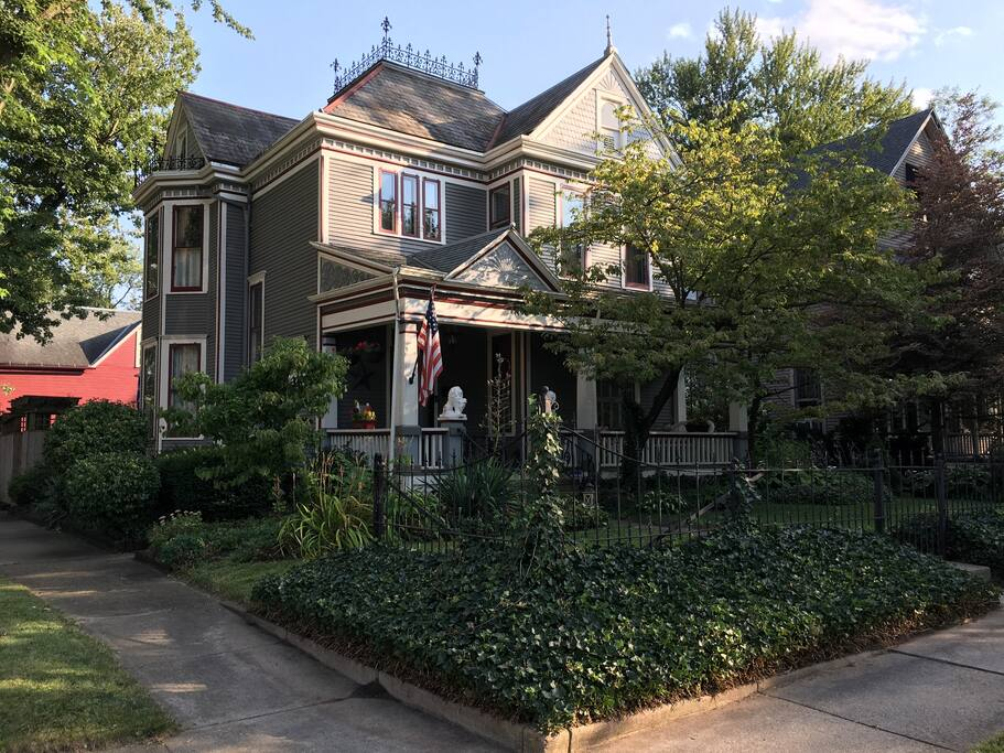 Historic Victorian Amp Quot Queen Of Lakeside Quot Houses For