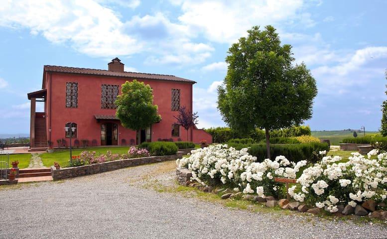Farmhouse near Florence and Pisa - Cerreto Guidi - Apartamento