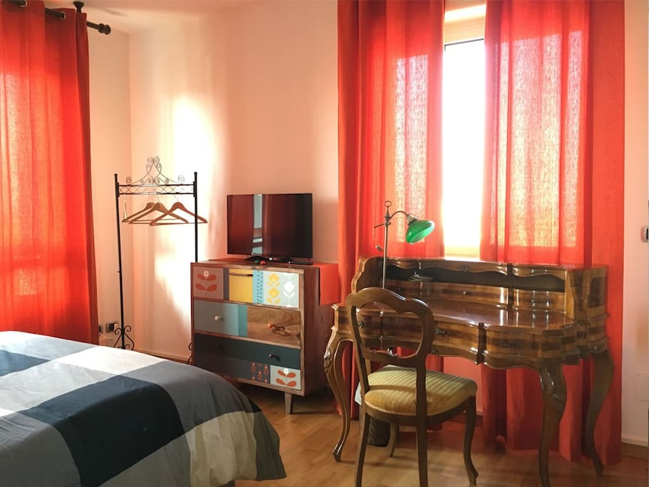 RWAV - Room 1801