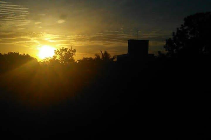 Pôr do sol de casa