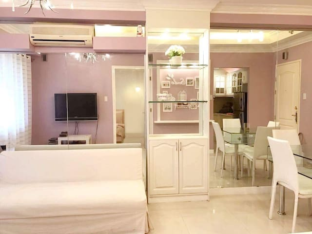 Modern 1br, BGC Fort near burgos circle