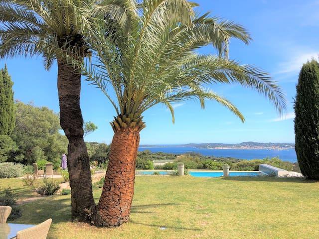 Panoramic sea view on the Gulf of Saint-Tropez
