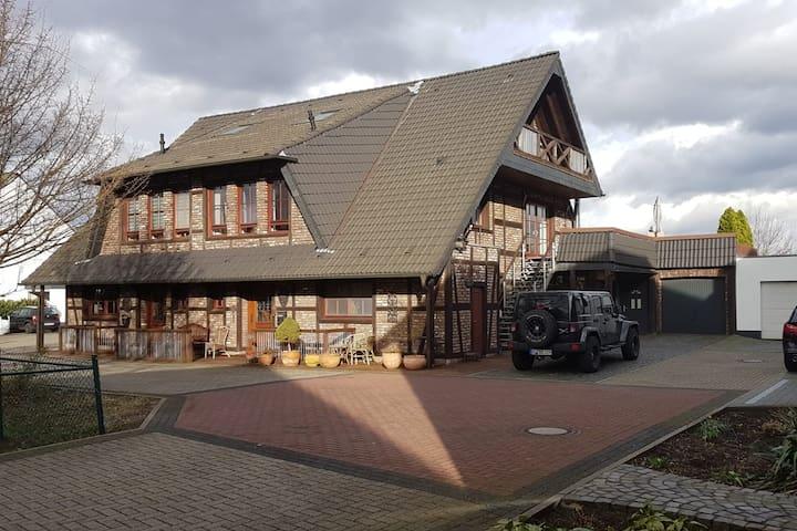 Einliegerwohnung Mühlenberger Ponyhof 84m²