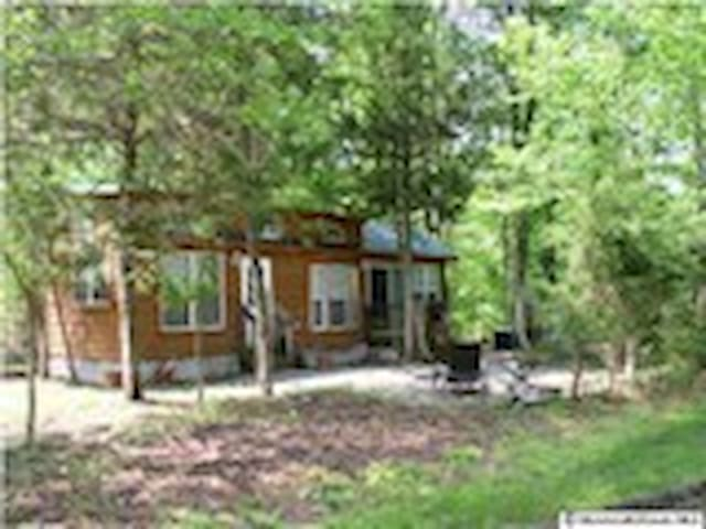 Vacation rental near Six Flags - Cream Ridge - Cabin