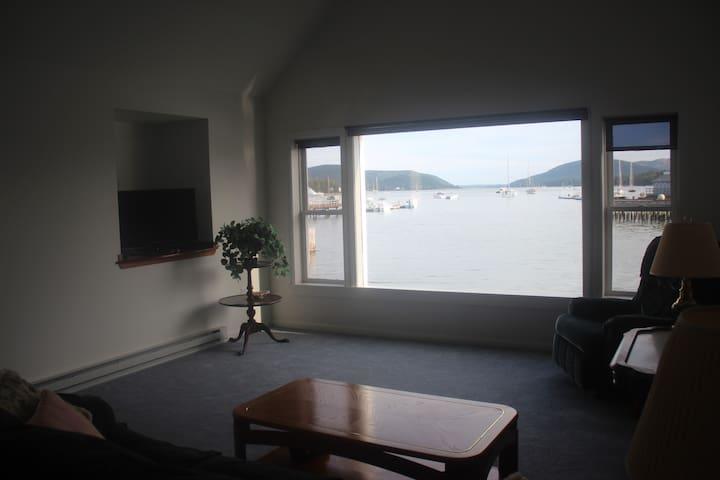 The Boat House 2, Condo 1