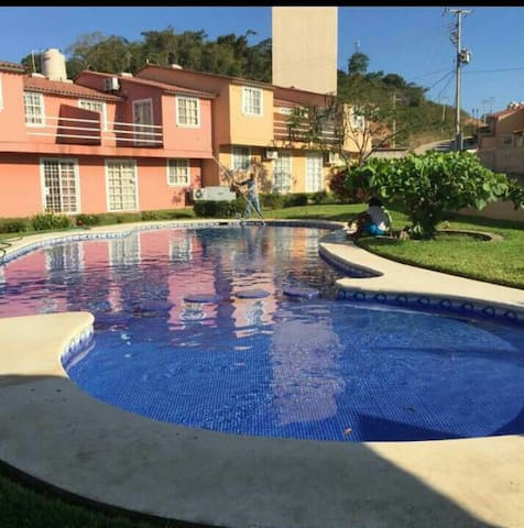 Great house close from the beach - Ixtapa Zihuatanejo - House