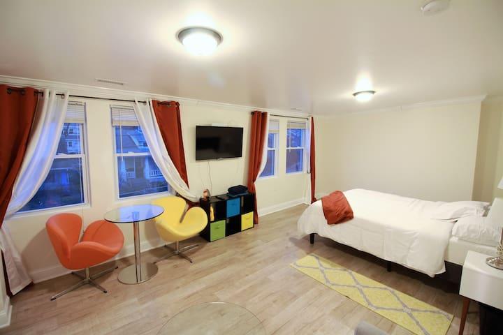 NE 1BR Style  &  Comfort in Eastern St - Mount Rainier - Apartamento