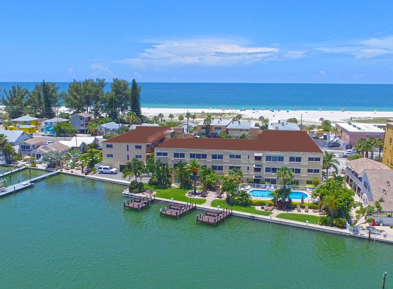 Aerial view of Westwinds Waterfront Resort