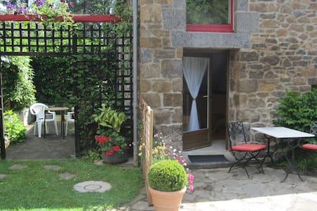 Maison calme   entre St malo et le mont St michel - Plerguer
