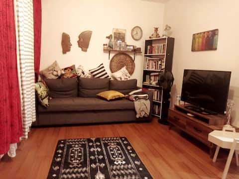 Feel as your home!   Cozy Room & Easy Location