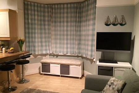 Apartment 150 metres from the beach - Swanage - Apartament