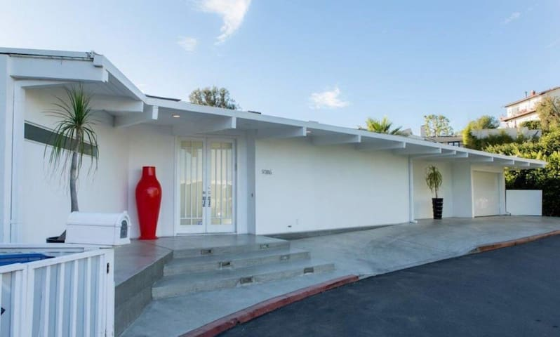 Stunning view  Designer mid century Hollywood Hill