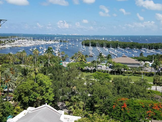 Coconut Grove hotel suite, spectacular views