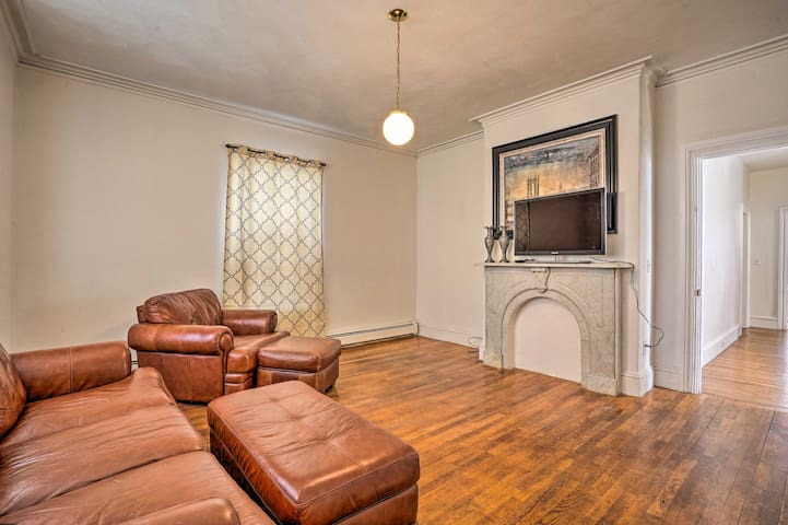 NEW! Updated Apartment - Walk to Brown University!