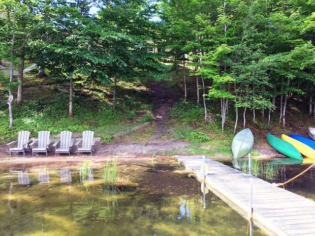 Falling Rock Lodge on Beautiful Powell Lake
