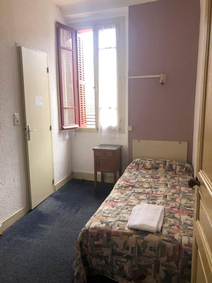 chambre individuelle lourdes