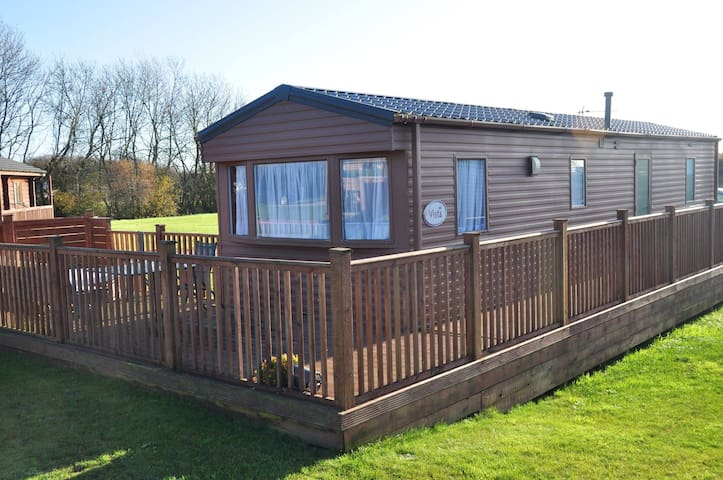 Vista Luxury Lodge Cabins with Hot Tubs!