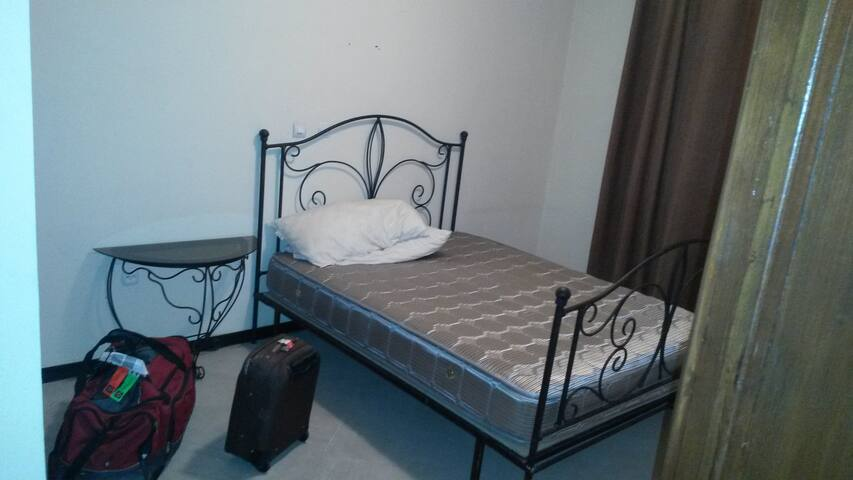 Private room, 1 min to U.N. - Addis Ababa - Daire