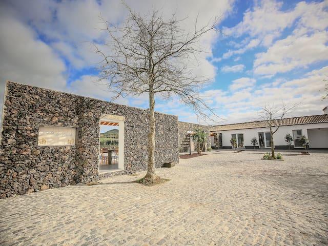 Quinta das Giestas T0 - Azores - Huis