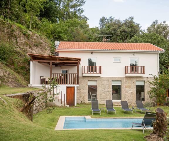Casa da Pontelha - casa de férias no Gerês