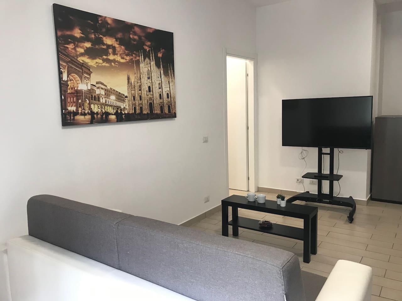 Ampio Appartamento Zona Vodafone Village