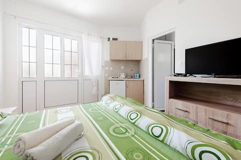 Bachelor apartment Vukmarkovic #3